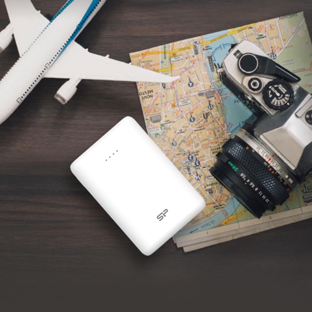 شارژر همراه سیلیکون پاور مدل C10QC ظرفیت 10000 میلیآمپرساعت main 1 5