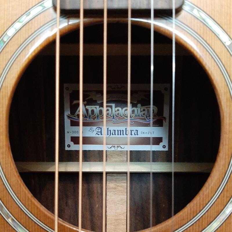 گیتار آکوستیک الحمبرا مدل کونکا w300b main 1 2