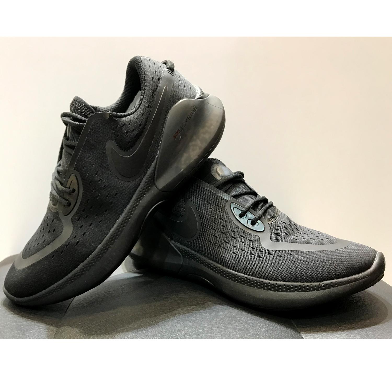 خرید                      کفش  پیاده روی مردانه نایکی مدل Joyride dual Run