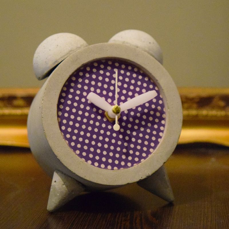 خرید                      ساعت رومیزی بتنی مدل M-c03