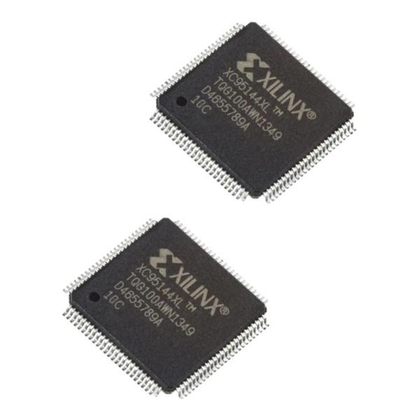 آی سی زایلینکس مدل XC95144XL-10TQ100C بسته 2 عددی
