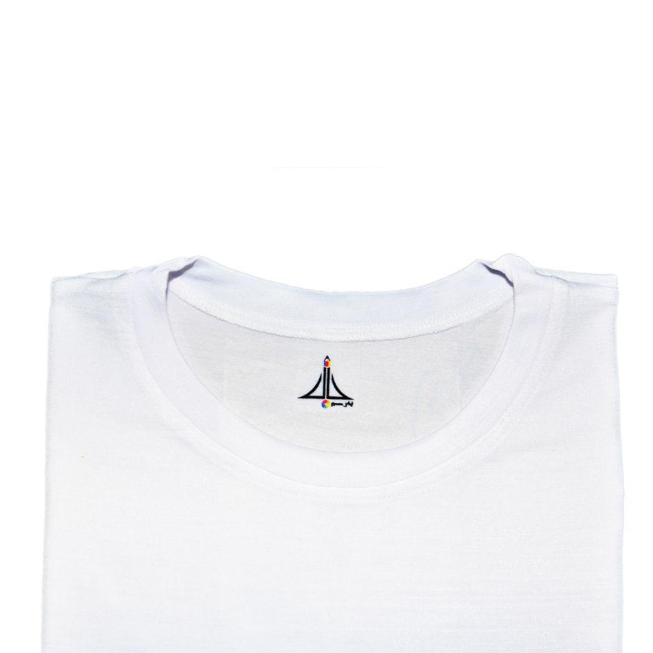 تی شرت مردانه به رسم طرح پاریس کد 3376 -  - 4