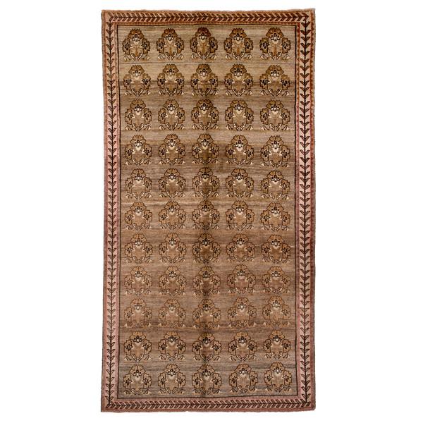 فرش دستباف قدیمی چهار و نیم متری حیدریان  کد 6780