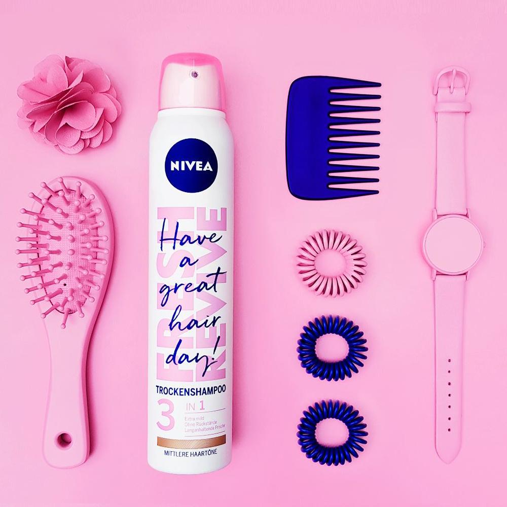 اسپری شامپو خشک نیوآ سری Fresh Revive مدل موهای رنگ شده حجم 200 میلی لیتر