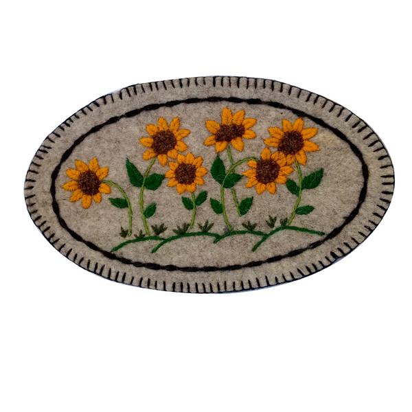 نمد فرش مدل گل آفتابگردان