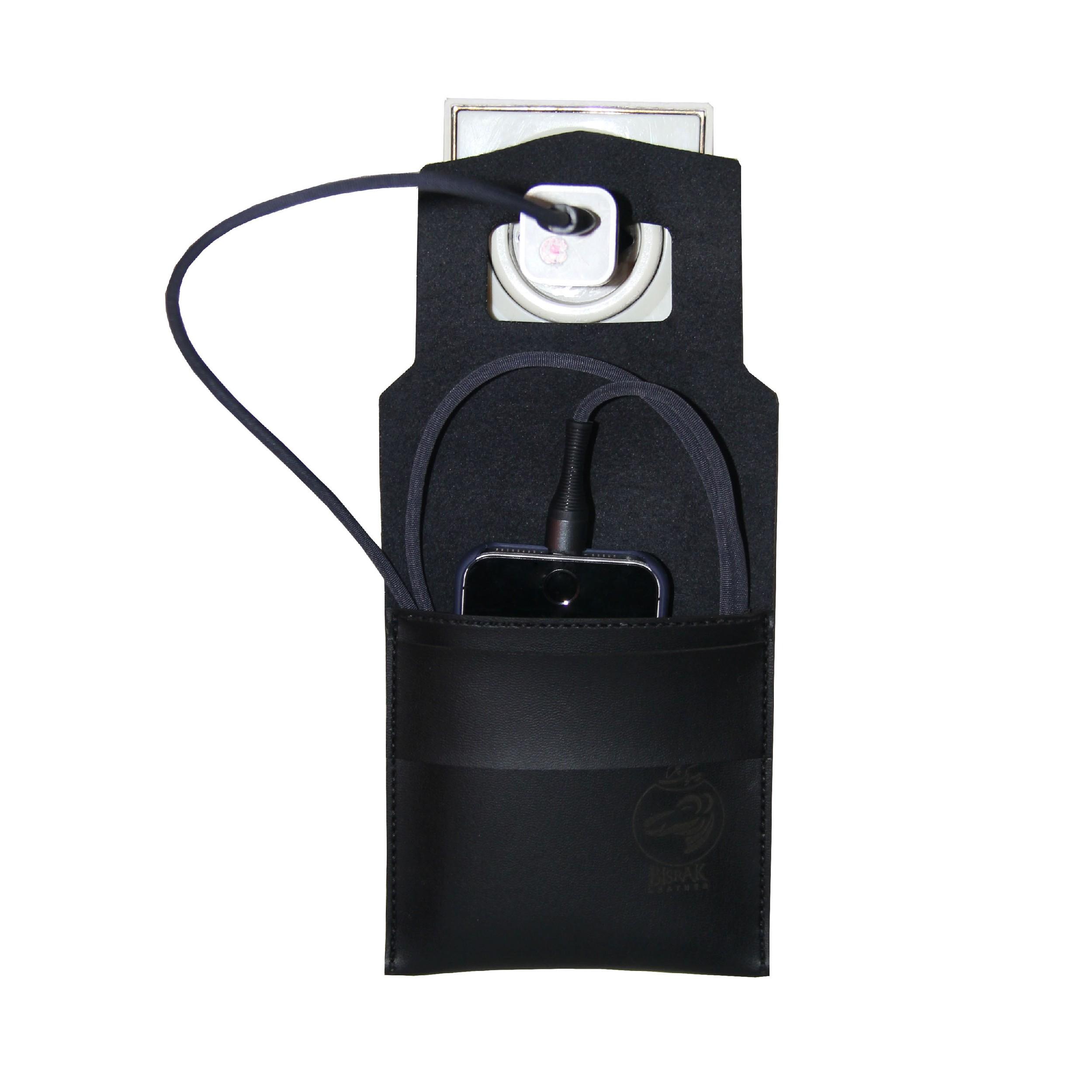 نگهدارنده گوشی موبایل چرم بیسراک کد N.Char-201