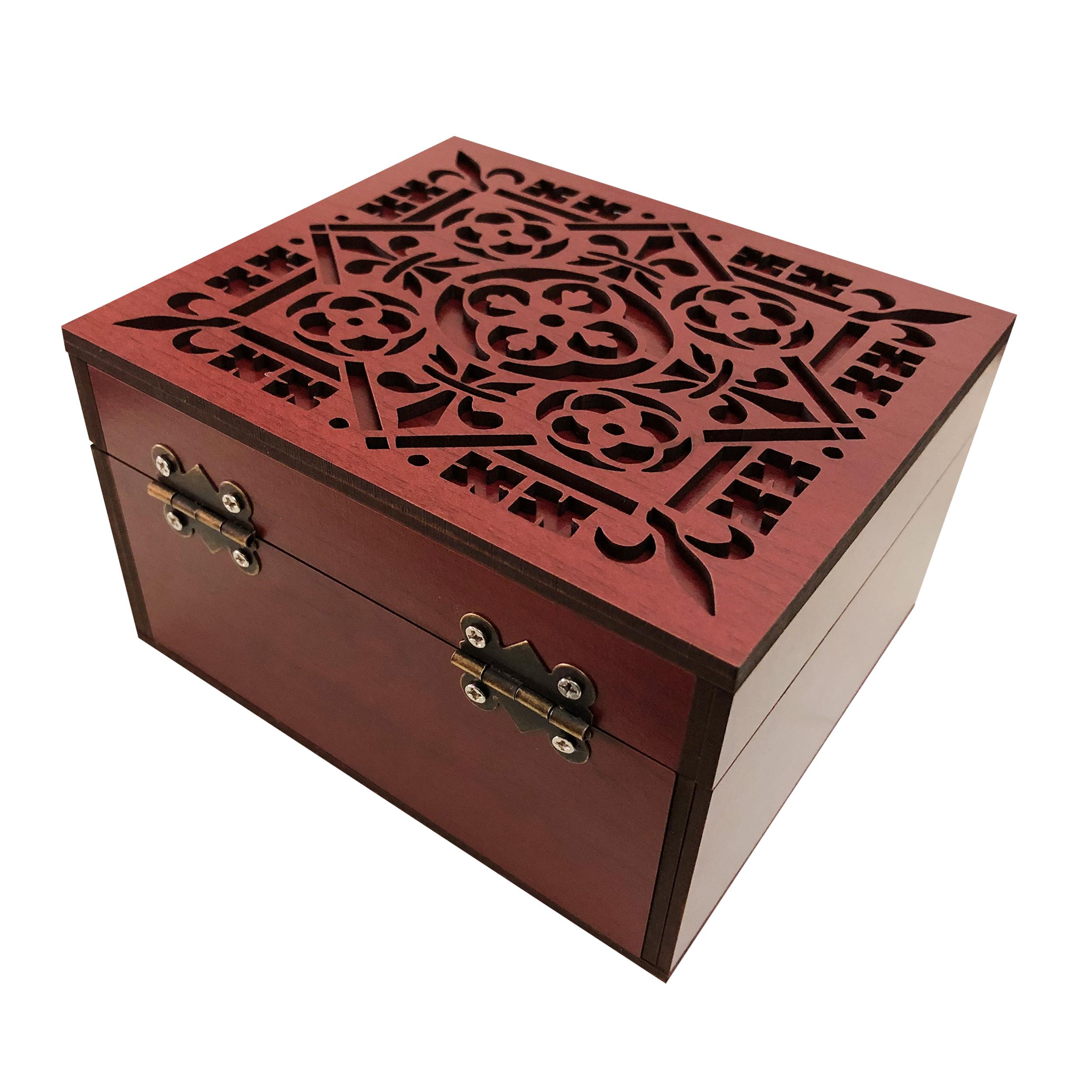خرید                      جعبه هدیه چوبی مدل j65
