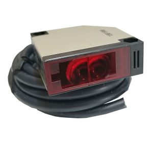 چشم مکعبی امرون مدل E3JK -R4M1