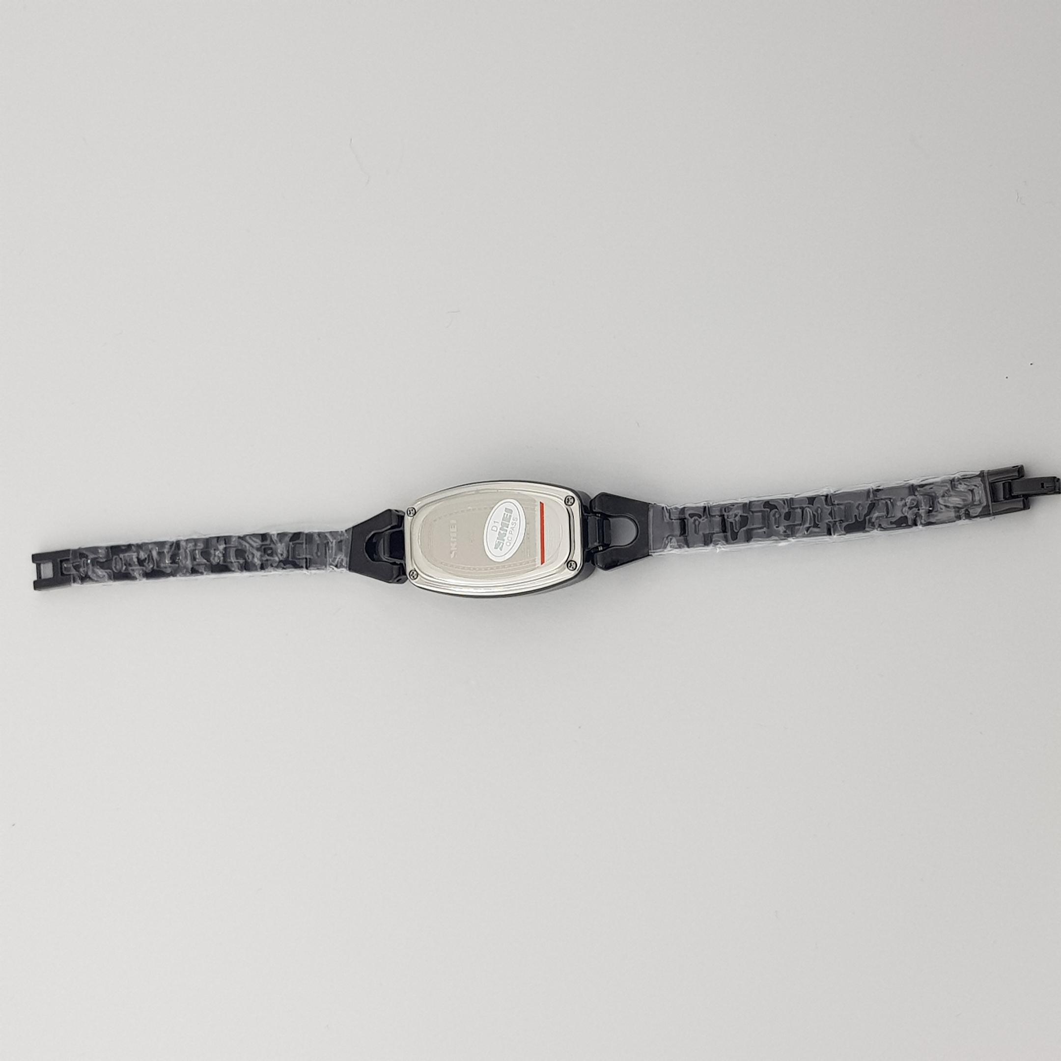 ساعت مچی دیجیتال زنانه اسکمی مدل 1588 کد 03              اصل
