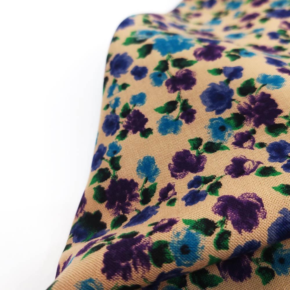 خرید                      پارچه لباس طرح گل ریز کد 6324