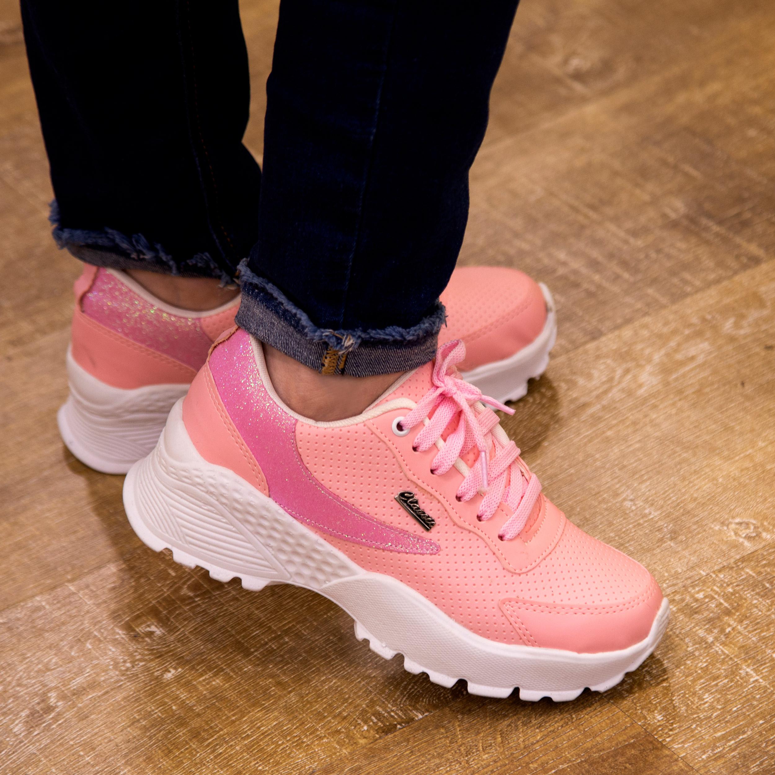 کفش مخصوص پیاده روی زنانه مدل CLS-PK main 1 4