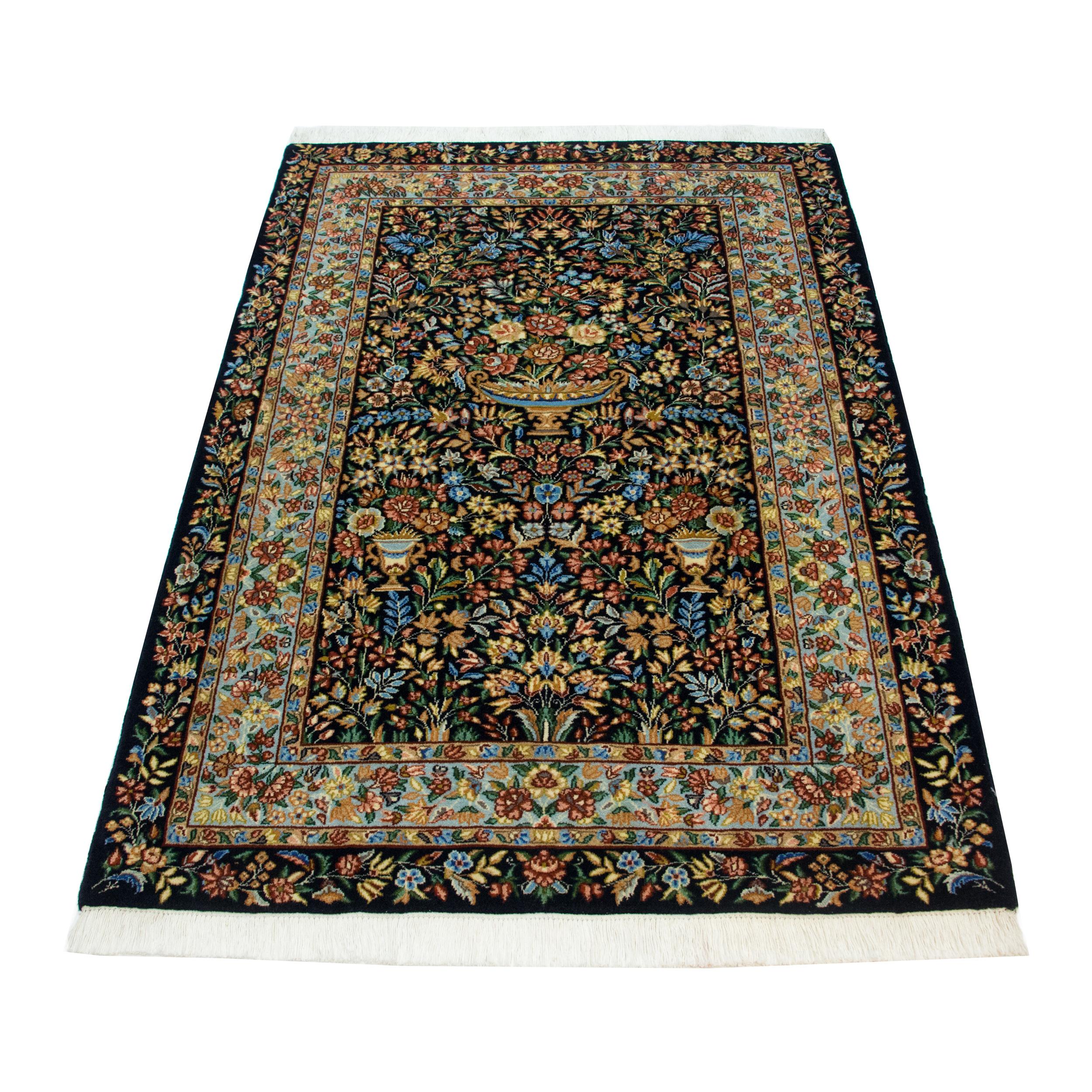 فرش دستباف ذرع و نیم کد dg15