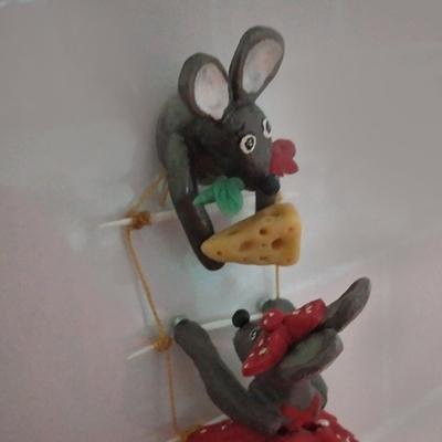 مگنت مدل موش دزد عاشق کد MR0005