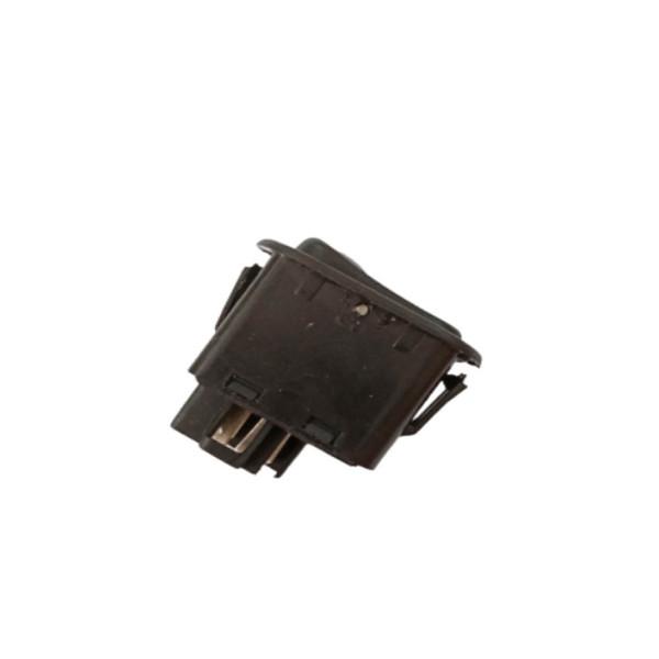 کلید مه شکن نگین موتور مدل 230257 مناسب برای پراید
