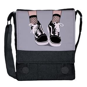 کیف دوشی دخترانه چی چاپ طرح کفش کد 65621