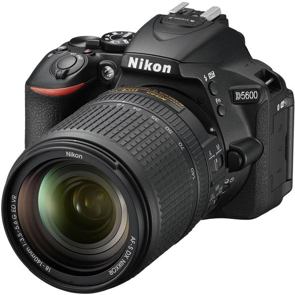 دوربین دیجیتال نیکون مدل D5600 به همراه لنز 18-140 میلی متر VR AF-S DX | Nikon D5600 Digital Camera With 18-140mm VR AF-S DX Lens
