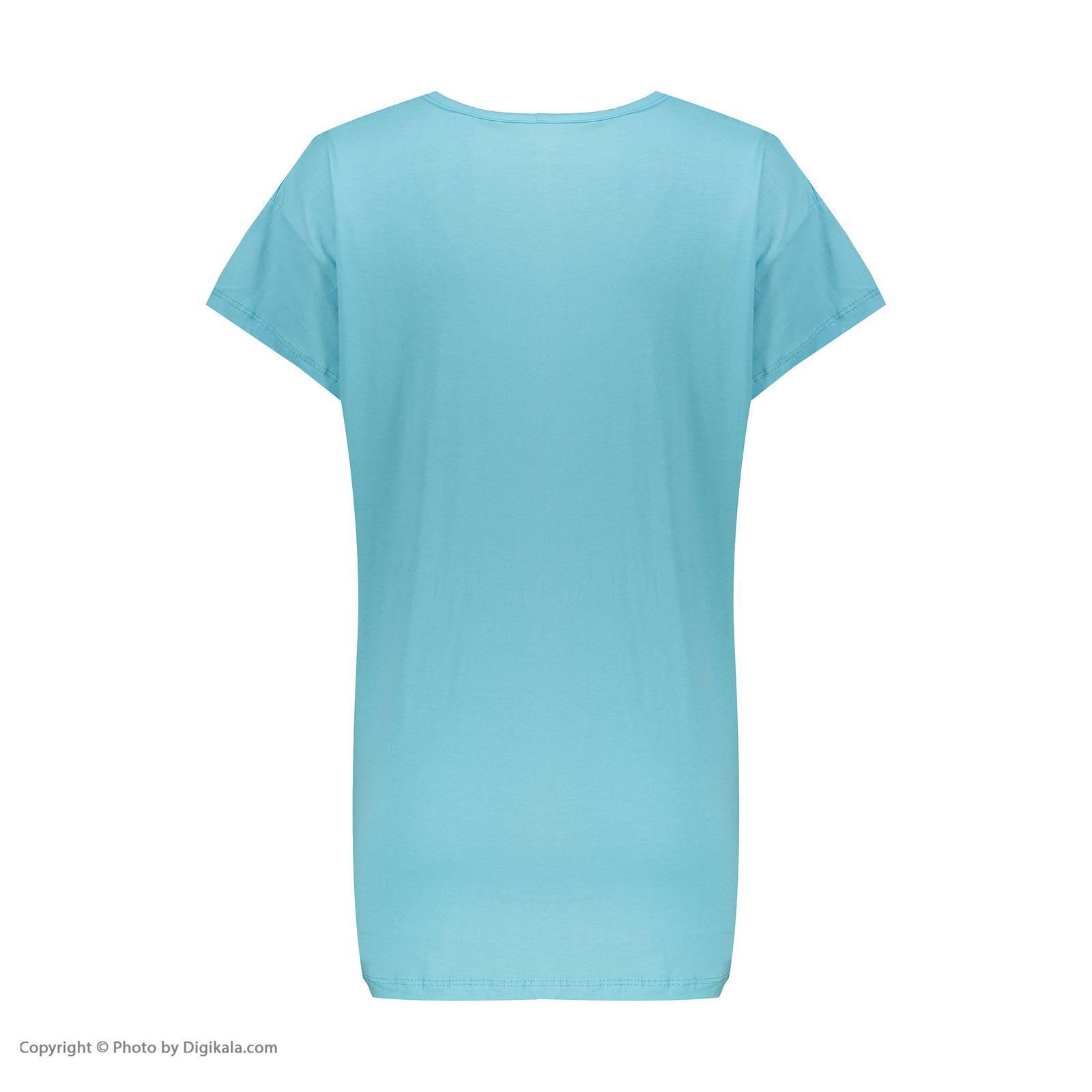 تی شرت آستین کوتاه زنانهفمیلی ورطرح دختر و پیزا کد 0162 رنگ آبی روشن -  - 4