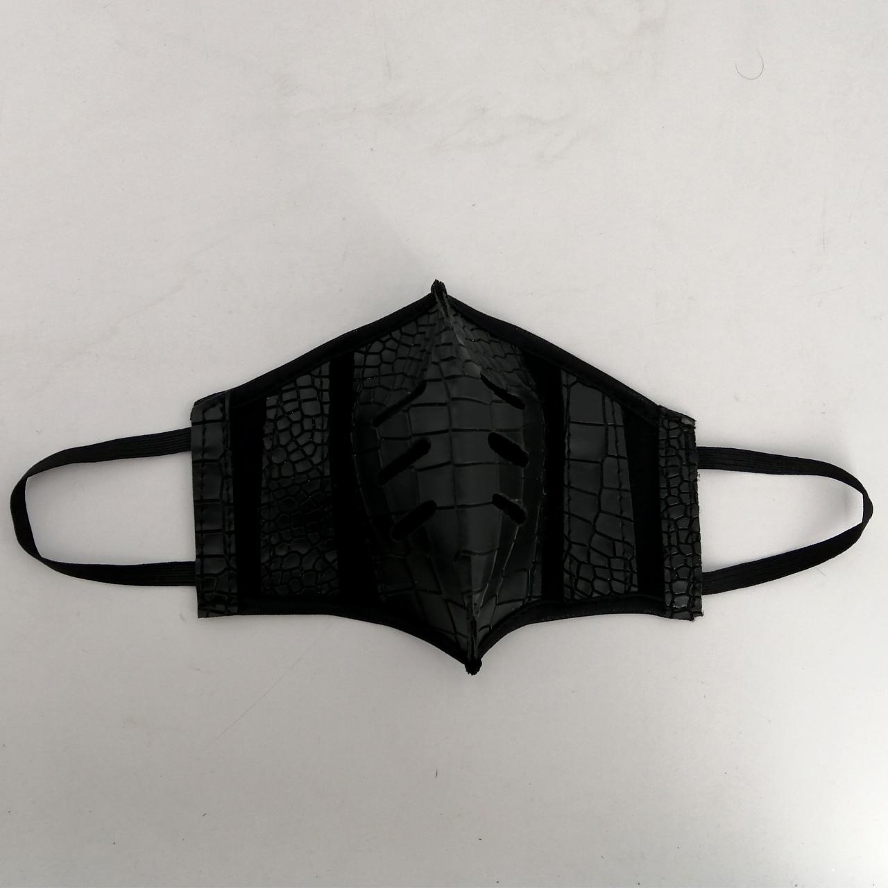 ماسک تزیینی مدل mrs2050
