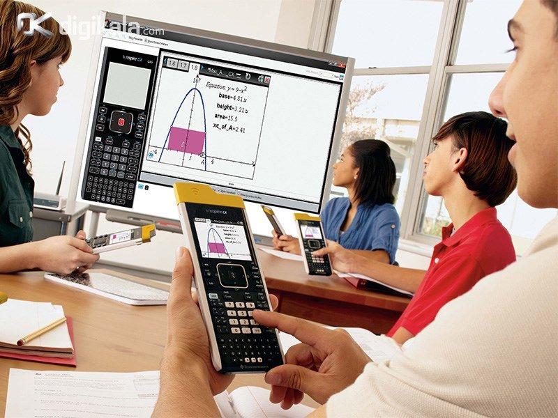 ماشین حساب TI-Nspire™ CX Handheld main 1 2