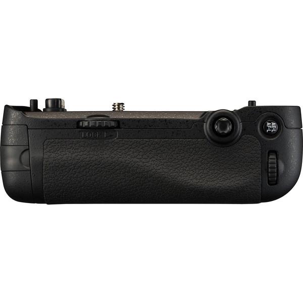 گریپ اصلی باتری دوربین نیکون مدل MB-D16
