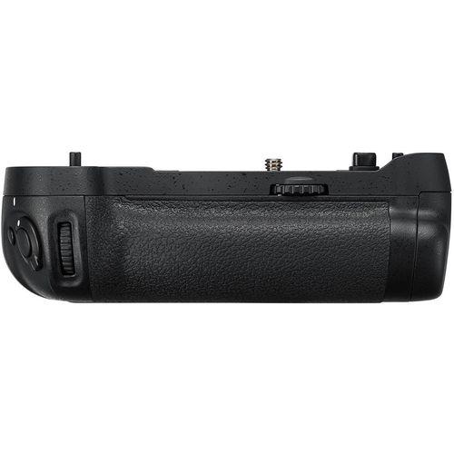 گریپ اصلی باتری دوربین نیکون مدل MB-D17
