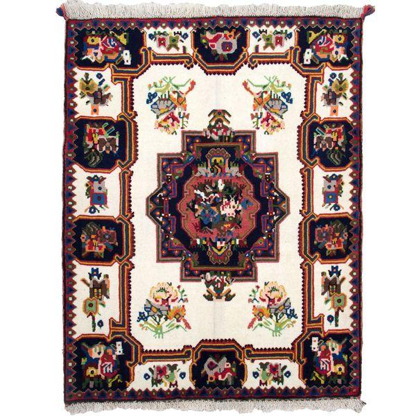 فرش دستباف قدیمی بختیاری ذرع نیم گالری سلام کد F0223