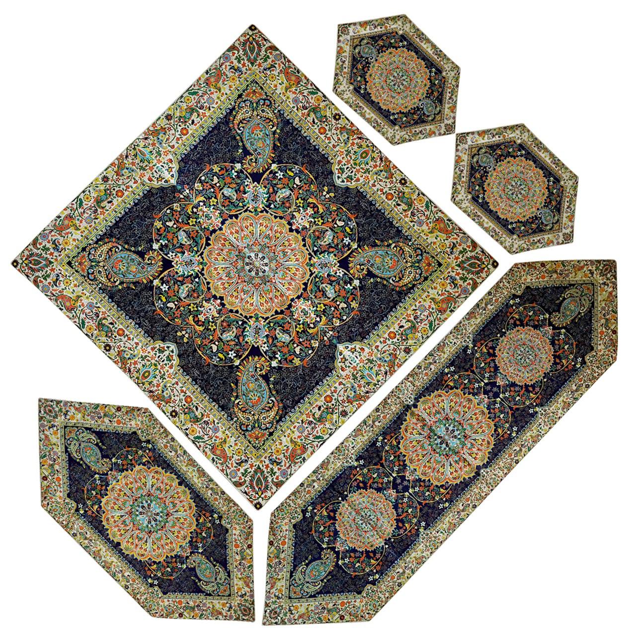 ست 5 تکه رومیزی ترمه ابریشمی دوازده رنگ طرح بته جقه کد 03