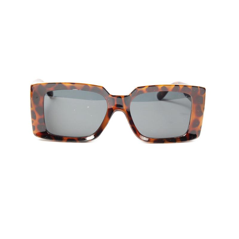 عینک آفتابی زنانه دیور مدل D19069