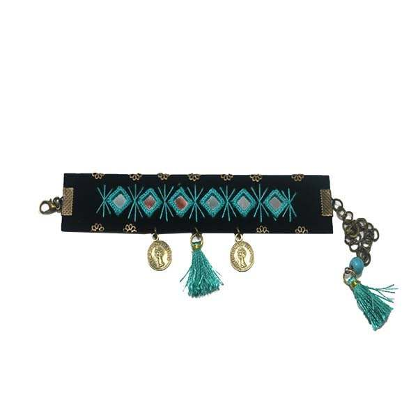 دستبند  زنانه مدل آینه دوزی  کد 01