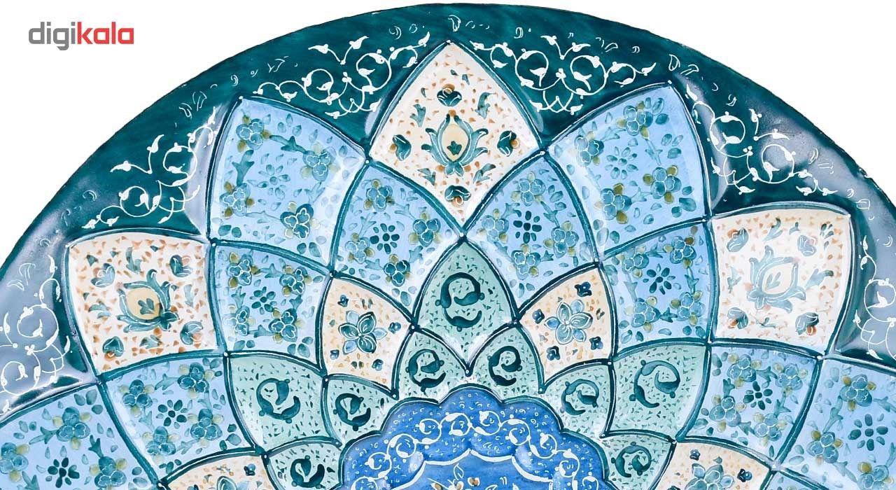 بشقاب مسی میناکاری اثر صالحی زاده طرح گل صدپر مدل 00-29 قطر 30 سانتی متر