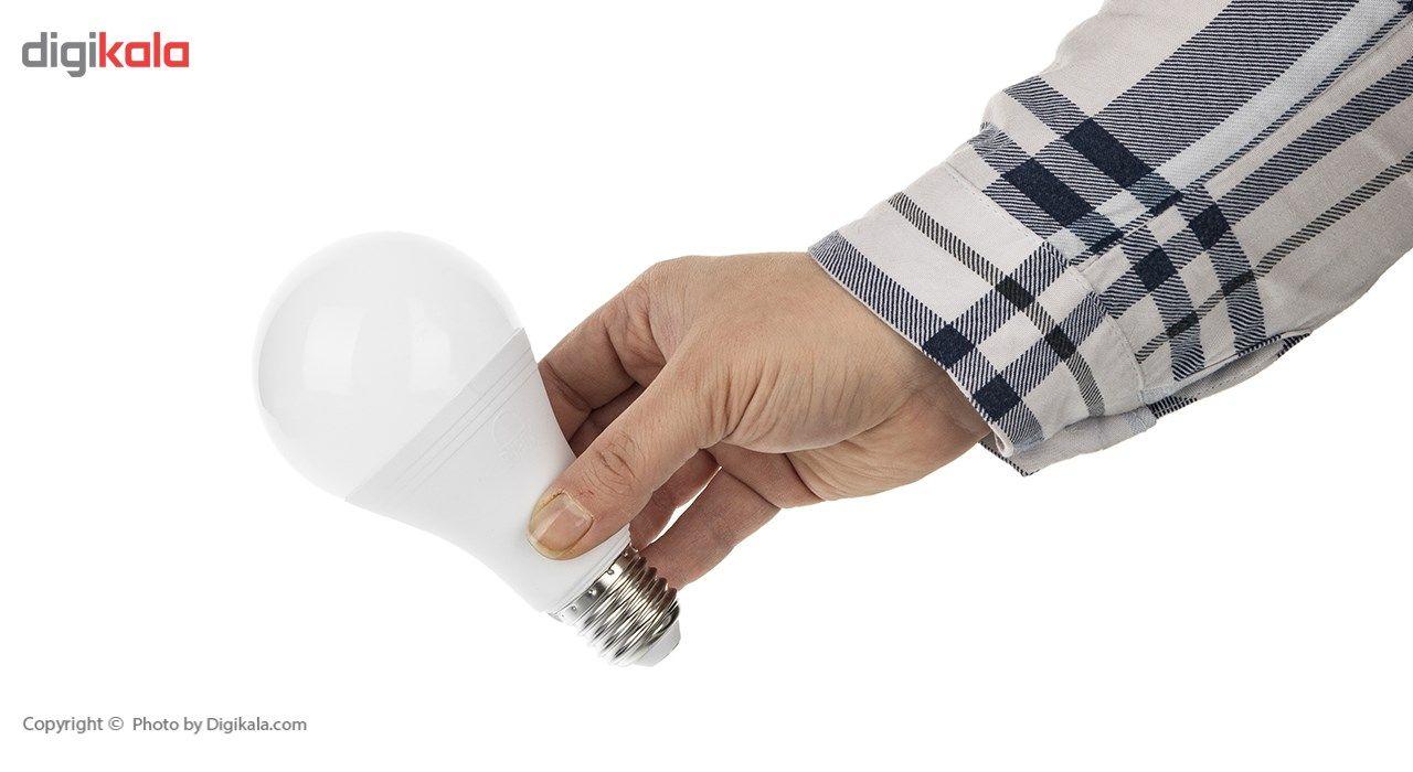 لامپ ال ای دی 15 وات بروکس مدل A70 پایه E27 main 1 2