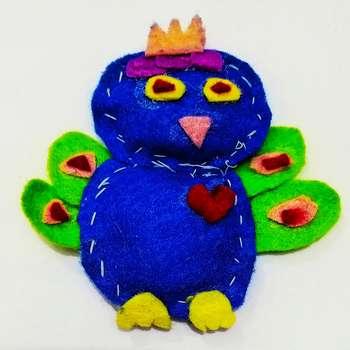 آویز نمدی مدل طاووس