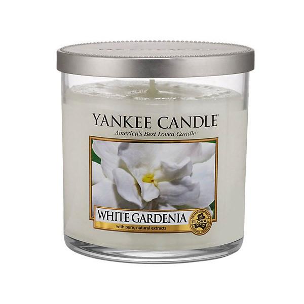 شمع کوچک لیوانی ینکی کندل مدل وایت گاردنیا