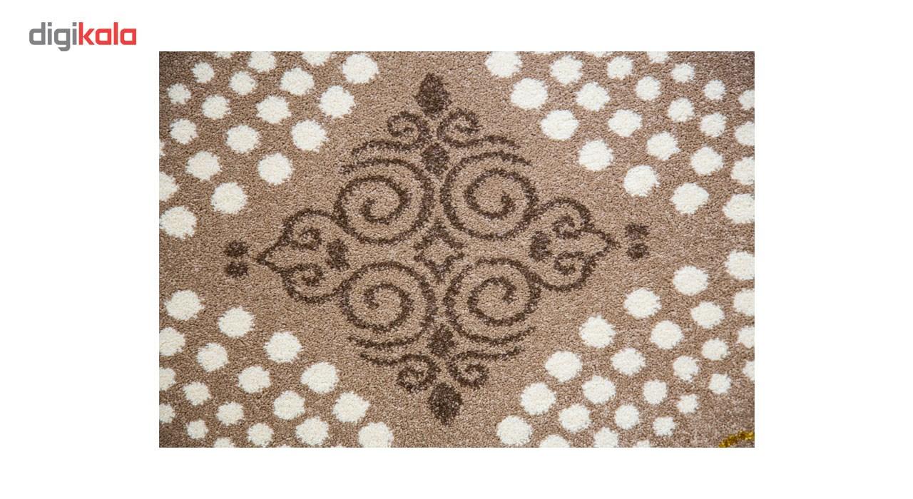 فرش ماشینی ساوین طرح گلاره زمینه شکلاتی