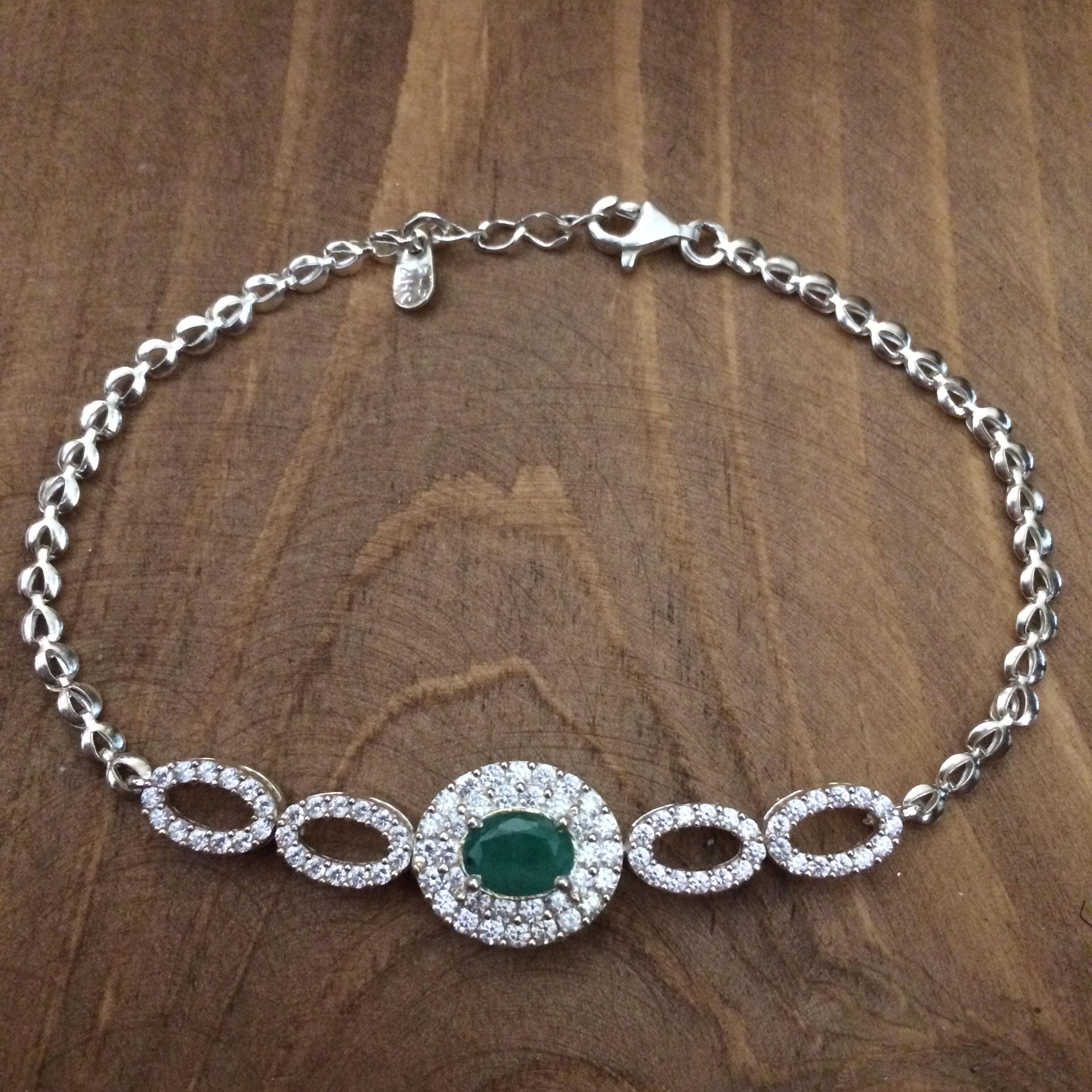 دستبند نقره زنانه  کد 0304
