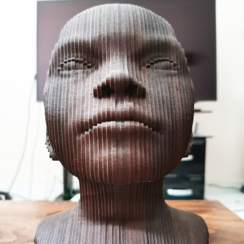 مجسمه چوبی مدل پیر درون