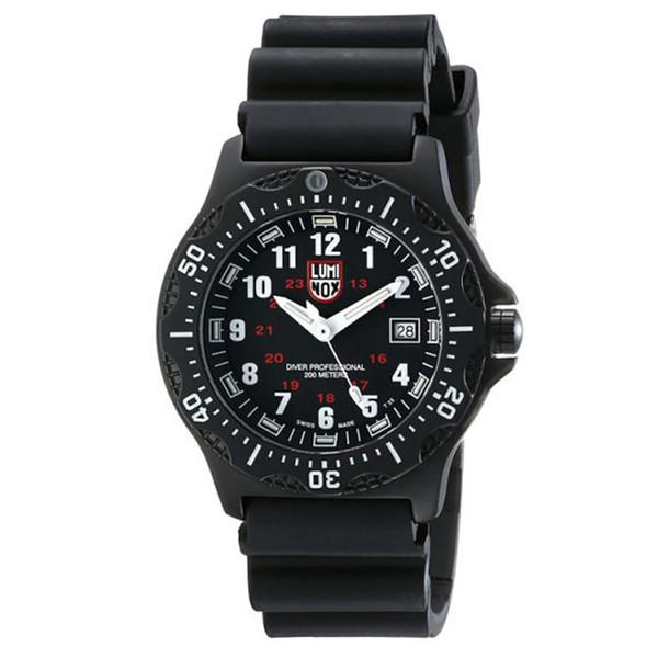 ساعت مچی عقربه ای مردانه  لومینوکس مدل a.8401