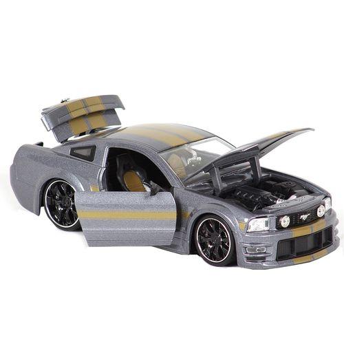 ماشین بازی فورد مدل  موستانگ جی تی 2006