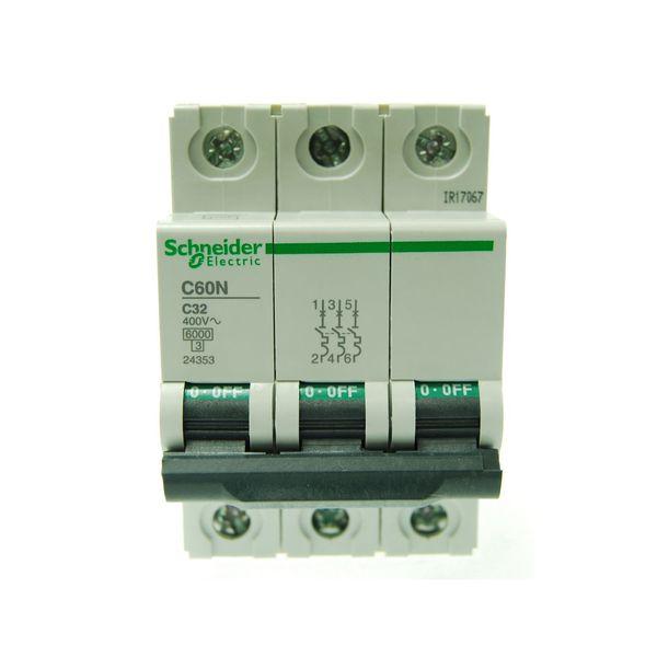 بسته 4 عددی فیوز مینیاتوری سه پل 32 آمپر اشنایدر الکتریک سری C60N مدل24353