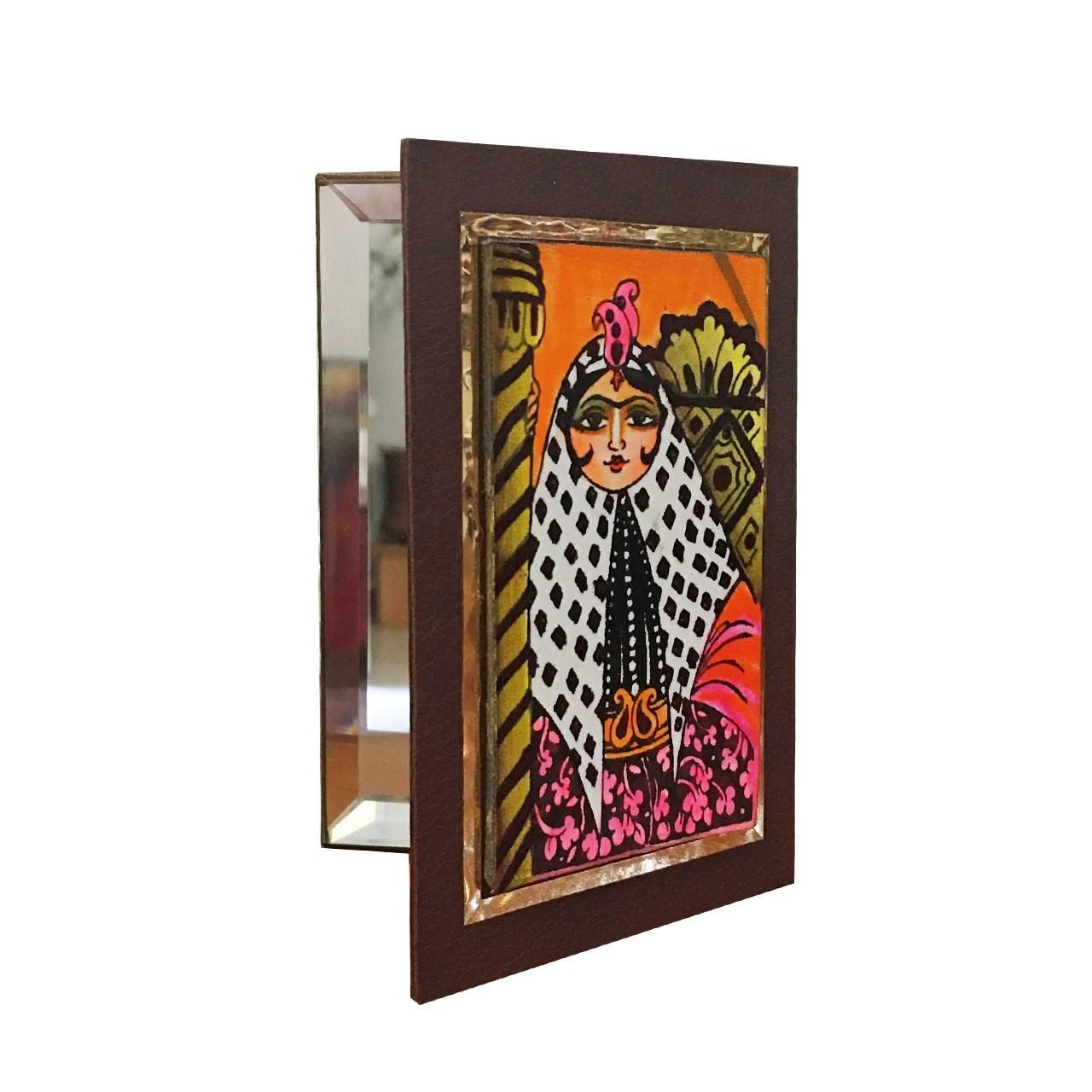 عکس آینه جیبی چرمی گالری نفیس کد nz5