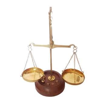 ترازو عدالت مدل سنگ برنجی