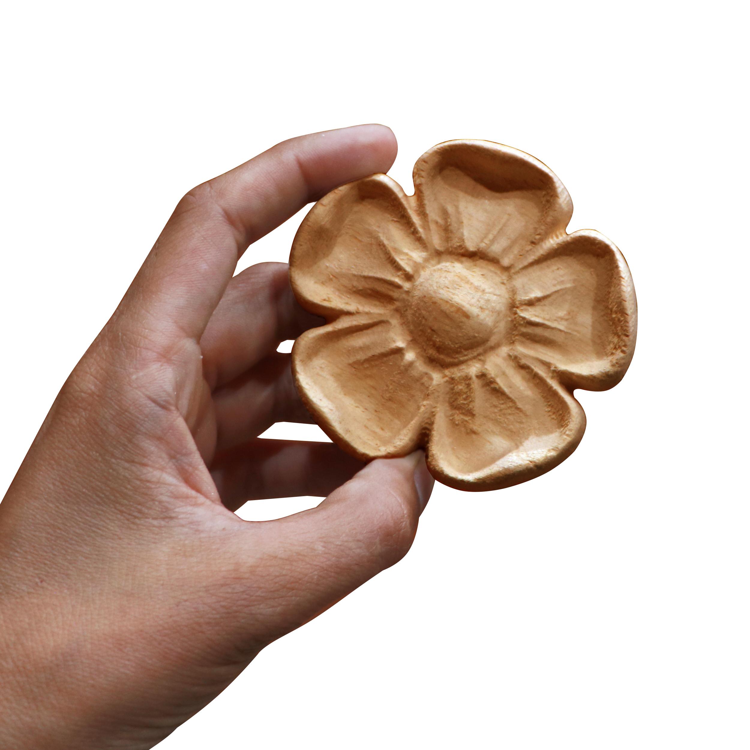 خرید                      گل منبت کاری مدل پنج برگ کد ۹-۱ D