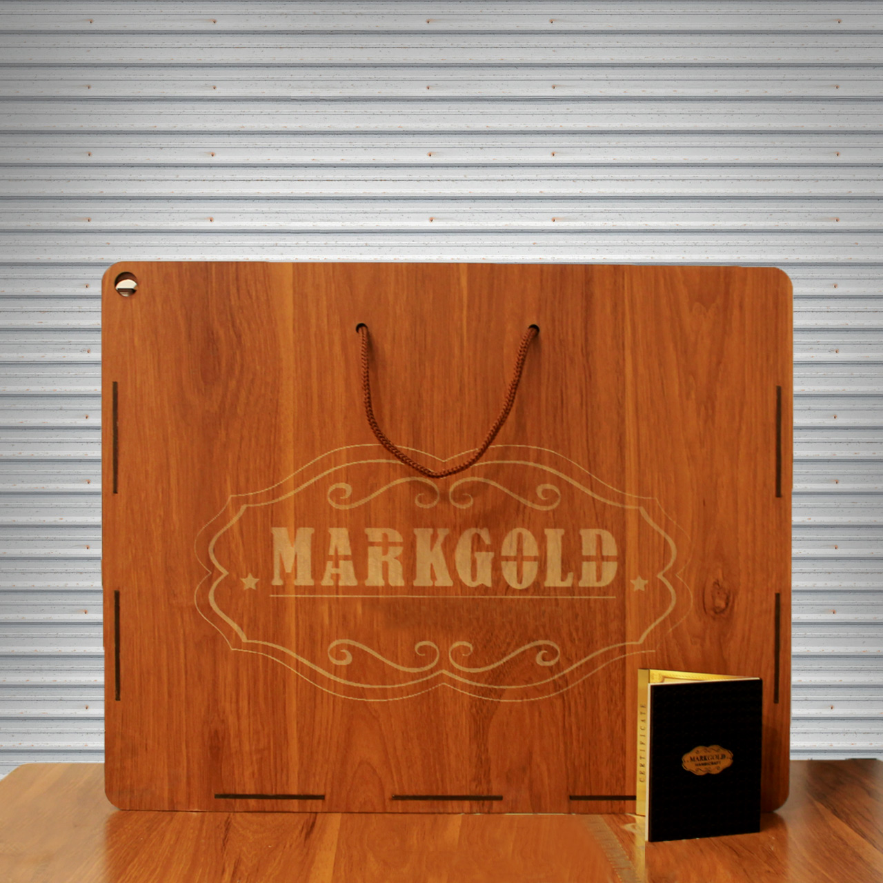 خرید                      تابلو طلاکوب مارک گلد طرح چهار قل کد TSH83