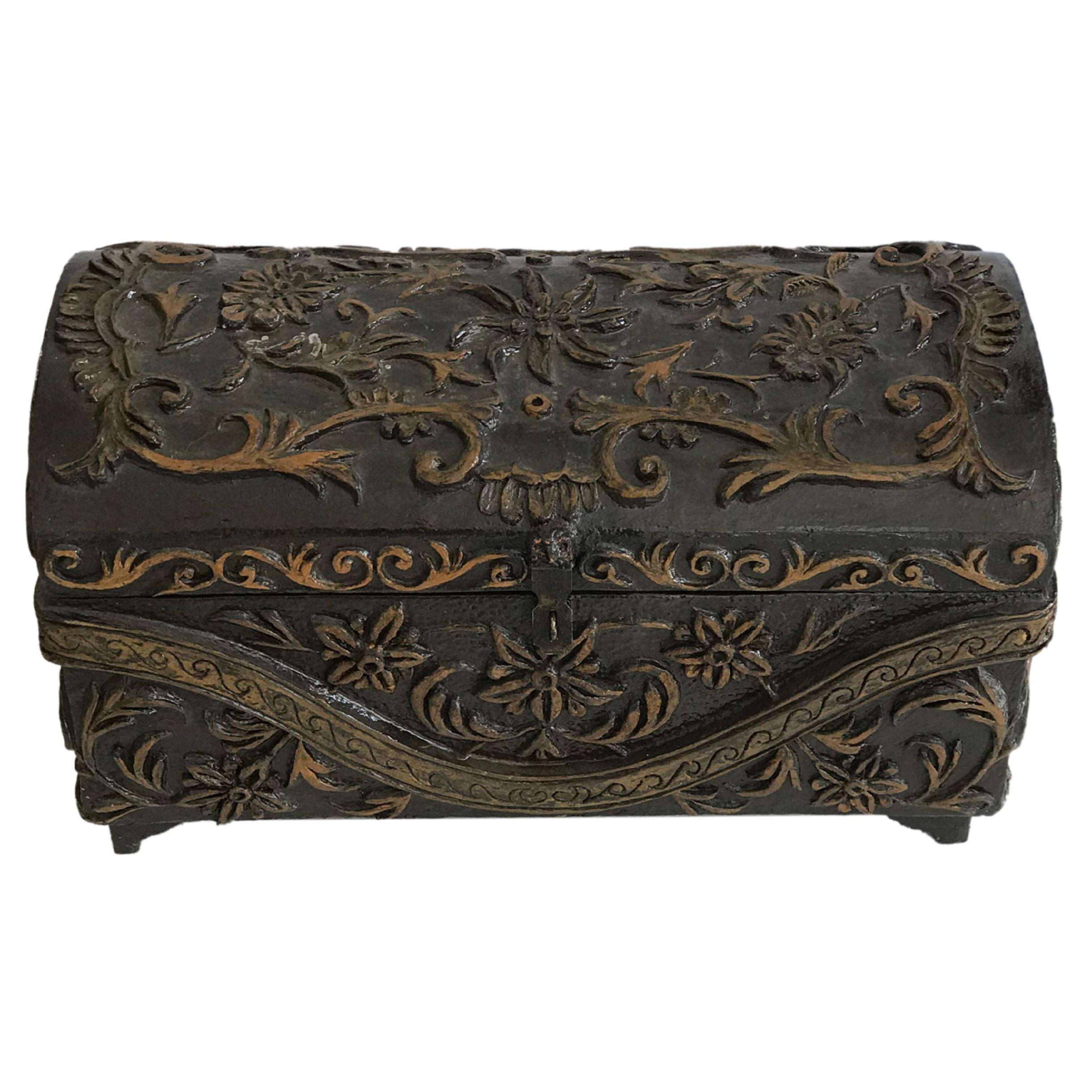 صندوق چوبی مدل نقش و نگار