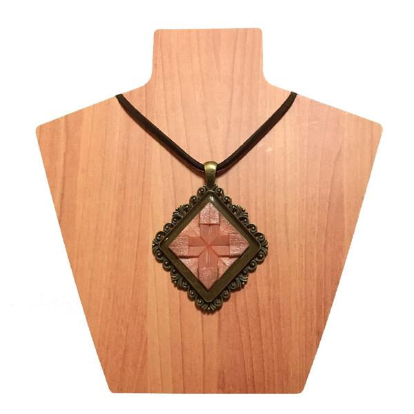 گردنبند اوریران مدل اوریگامی کد Q01