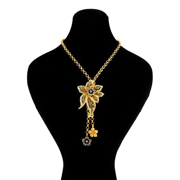 گردنبند طلا 18 عیار گالری طلاچی مدل گل |