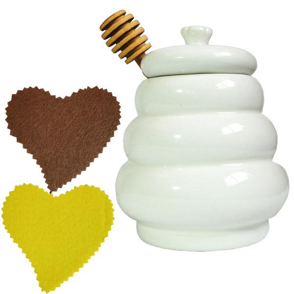 ظرف عسل خوری مدل سرامیکی کد H301 همراه دو عدد زیر لیوانی نمدی طرح قلب