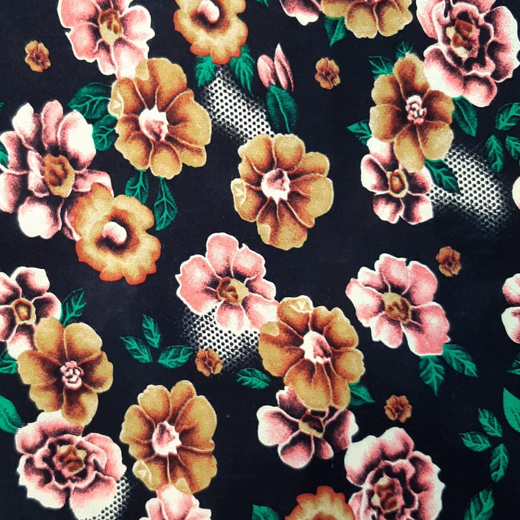 خرید                      پارچه لباس طرح گل کد ۰۵۳
