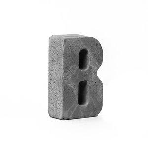 مجسمه بتنی طرح حروف مدل letter B