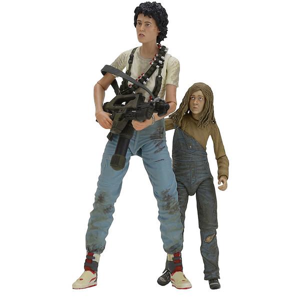 اکشن فیگور نکا سری Aliens مدل Aliens 30th Anniversary Rescuing Newt Deluxe بسته دو عددی